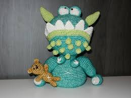 AMIGURUMI EN MONSTERSAMIGURUMI EN MONSTERS